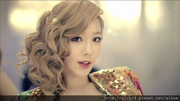 [DLKOO.com]TTS (TaeTiSeo) - Twinkle (HD 1080p).mp4_000048965