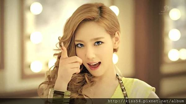 [DLKOO.com]TTS (TaeTiSeo) - Twinkle (HD 1080p).mp4_000067484