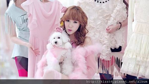 [DLKOO.com]TTS (TaeTiSeo) - Twinkle (HD 1080p).mp4_000087754