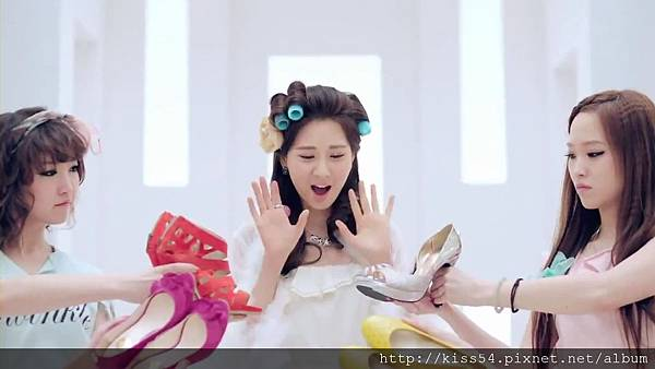 [DLKOO.com]TTS (TaeTiSeo) - Twinkle (HD 1080p).mp4_000098681