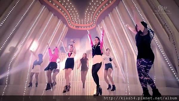 [DLKOO.com]TTS (TaeTiSeo) - Twinkle (HD 1080p).mp4_000227143