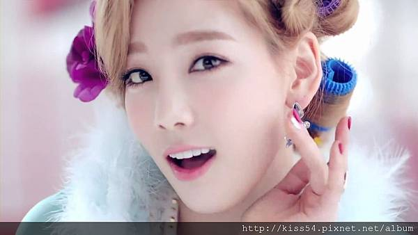[DLKOO.com]TTS (TaeTiSeo) - Twinkle (HD 1080p).mp4_000104854