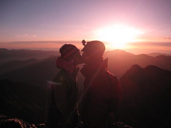 玉山日出之吻.jpg