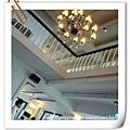 餐廳內水晶燈