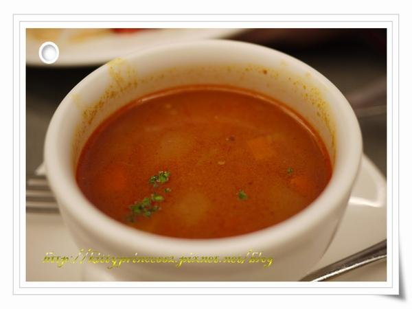 蕃茄牛肉蔬菜湯.JPG