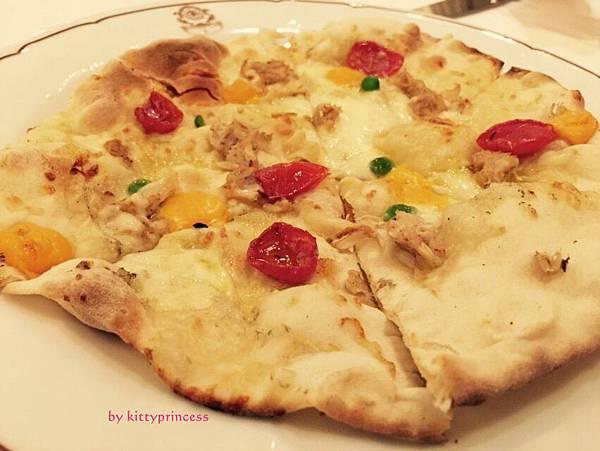 9風乾蕃茄蟹肉馬鈴薯起司白披薩