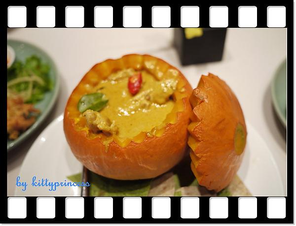 咖哩南瓜雞肉680.JPG