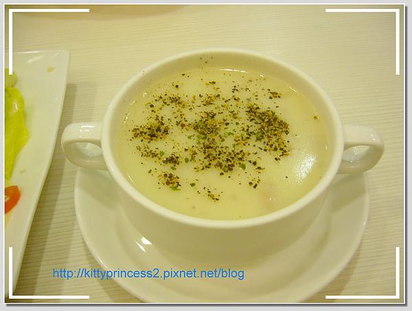 3.附餐玉米湯.JPG