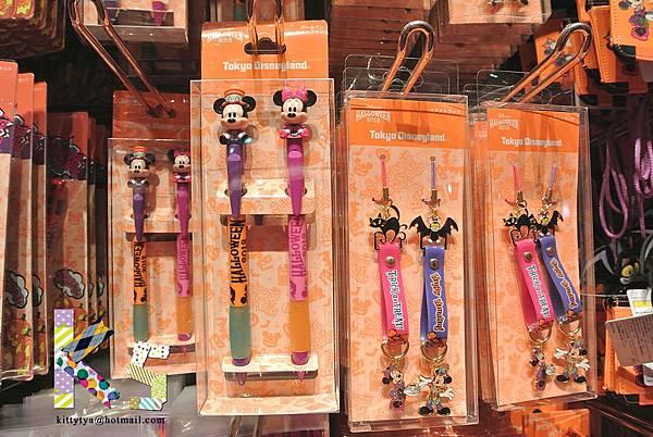 迪士尼TDL限定  2012萬聖節限定 造型原子筆組 $690A/手機吊飾 $790A