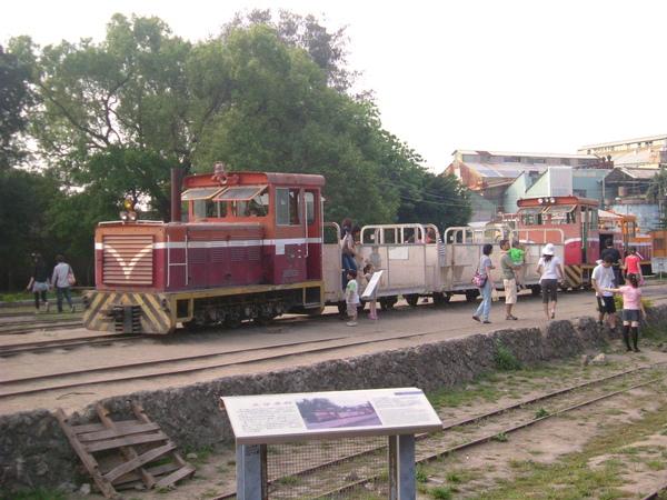 送甘蔗的火車