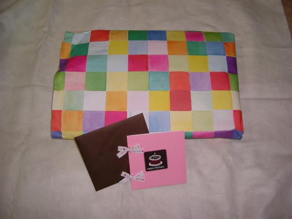 歐陽送的,包裝我很喜歡,卡片也很可愛