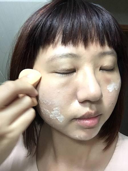 MDAA Jiao膜杜耶嬌絕光祛油潤曬乳SPF 50305.jpg