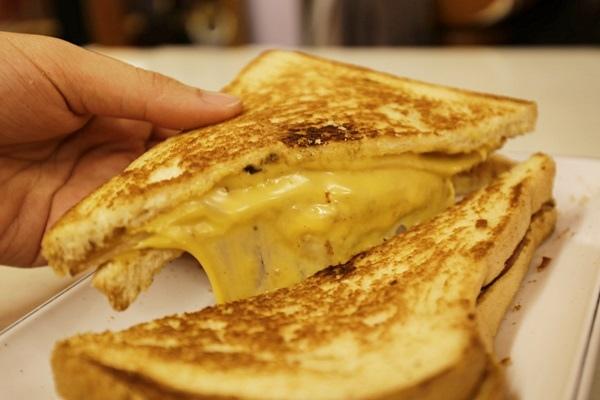 熱樂煎爆漿乳酪三明治6268