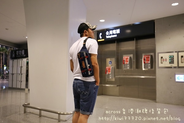 Across香港潮牌後背包_5496