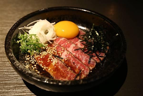 台中西屯區燒肉NikuNiku 肉肉燒肉秋紅谷附近單點雙人套餐三人套餐塌塌米座位獨立空間座位7190