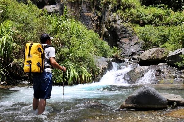 Stream Trail日本潮牌防水包容量大色澤鮮豔溯溪浮淺團購優惠107833_o