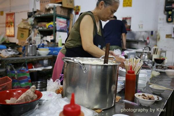台南鹽水張瑞芳豬頭飯鹽水公有零售市場內2564