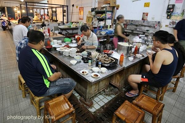 台南鹽水張瑞芳豬頭飯鹽水公有零售市場內2566