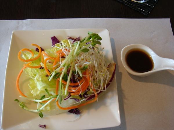 生菜沙拉和風醬2.JPG