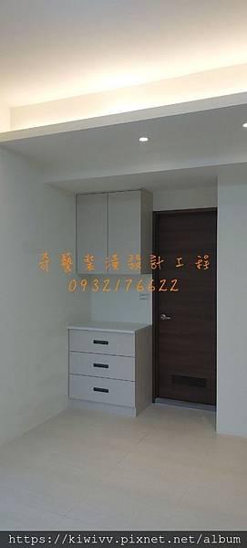 76_191105_0018.jpg