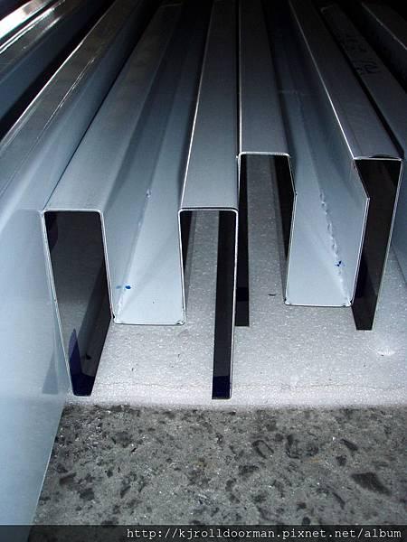 標準型防撬式邊柱