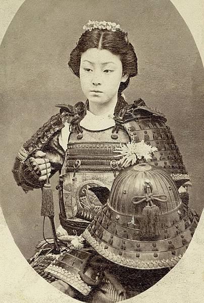 女性武芸者