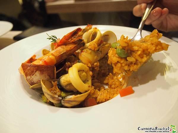 西班牙紅花海鮮飯-1.JPG