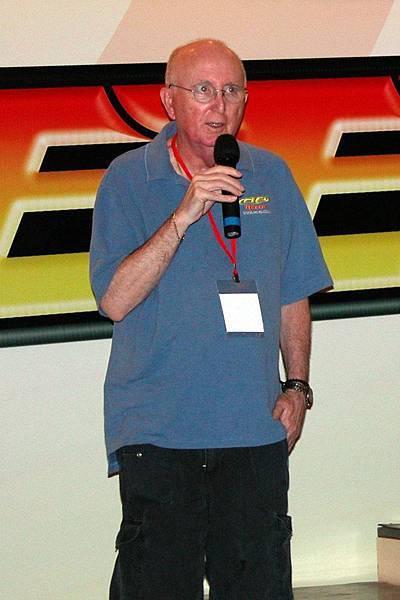 Mr. Mike Reedy 先生於美國時間 5月17日1:08 過身了。