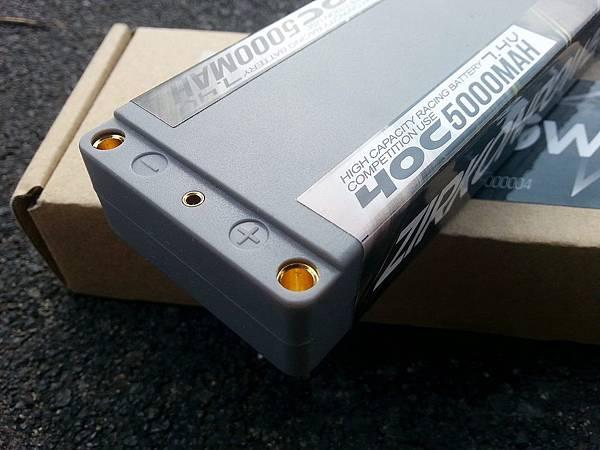 s_電插位降低了一級,可以配合短身 4mm 金插。.jpg