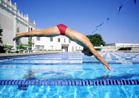 跳水.jpg
