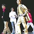 2001-2002 show劇SHOCK 剛到場