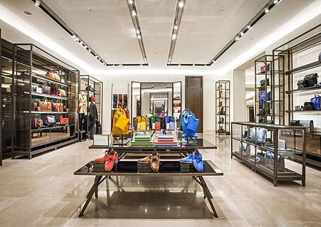 Burberry-Flagship-Store-Shanghai.jpg
