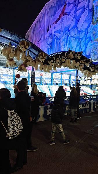 大人與小朋友的年度期待大樂園Christmas Winter Wonderland冬季聖誕市集遊樂園