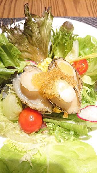 漁曜海物之四喜堂私廚-飛魚卵九孔溫沙拉