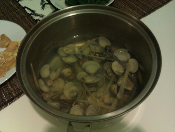 野人獻曝蛤蠣湯