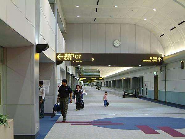 到目的地之前001-中正國際機場.JPG