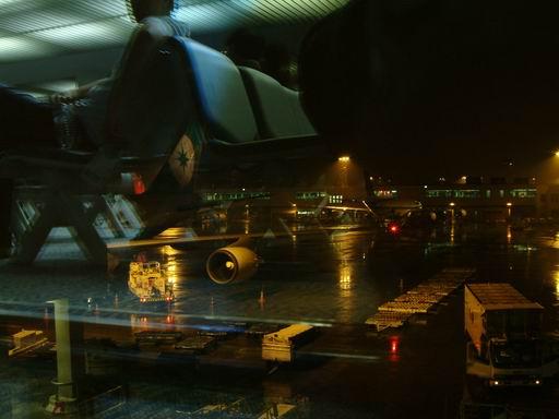 到目的地之前012-過境轉機-曼谷機場.JPG