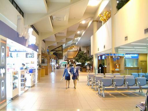 到目的地之前010-過境轉機-曼谷機場.JPG