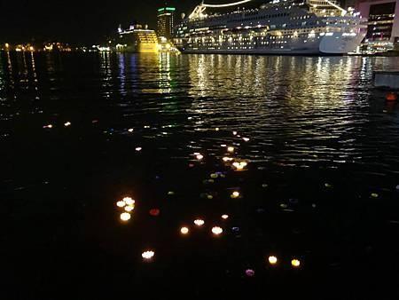 1030808支援中元祭.施放蓮花燈活動 (6).jpg