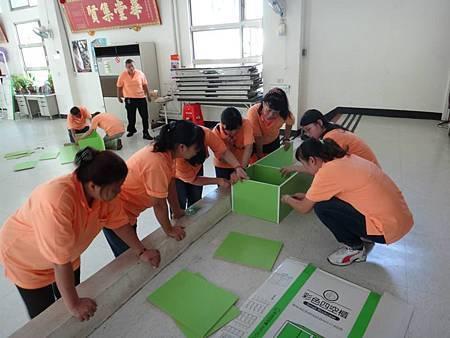 1030914中山區團委會設立青年書櫃 (2).jpg