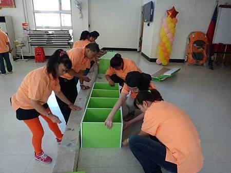 1030914中山區團委會設立青年書櫃 (5).jpg