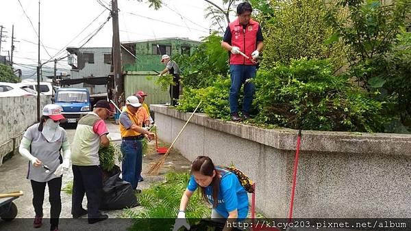 1070610救國團基隆市中山區團委會社區綠美化 (7).JPG