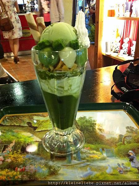 皇家豪華抹茶冰淇淋聖代 240