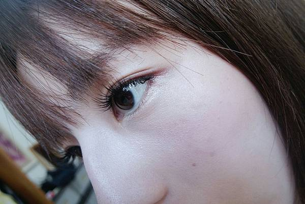 美到畫完底妝就不知道該畫什麼的睫毛_3858.jpg