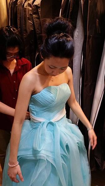 手工婚紗推薦-婚紗禮服試穿