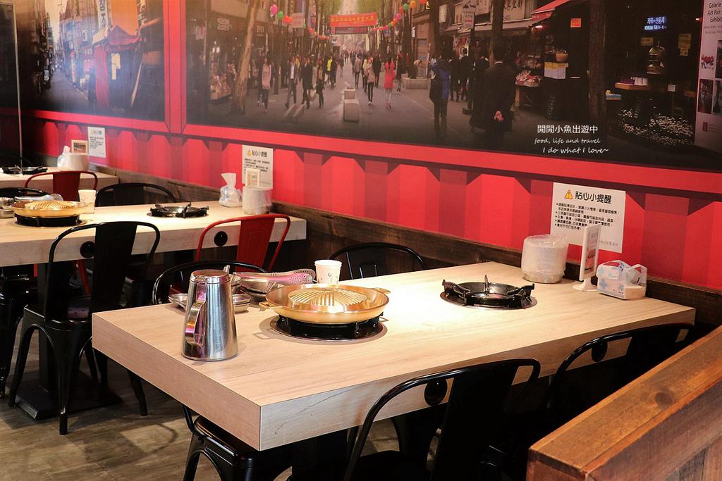 新北新莊美食韓哥哥銅盤烤肉。部隊鍋火鍋吃到飽餐廳環境