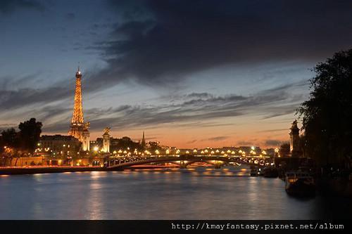 午夜巴黎.jpg