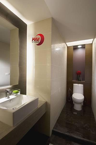 音響專賣店-金門音響杜拜音像館洗手間2