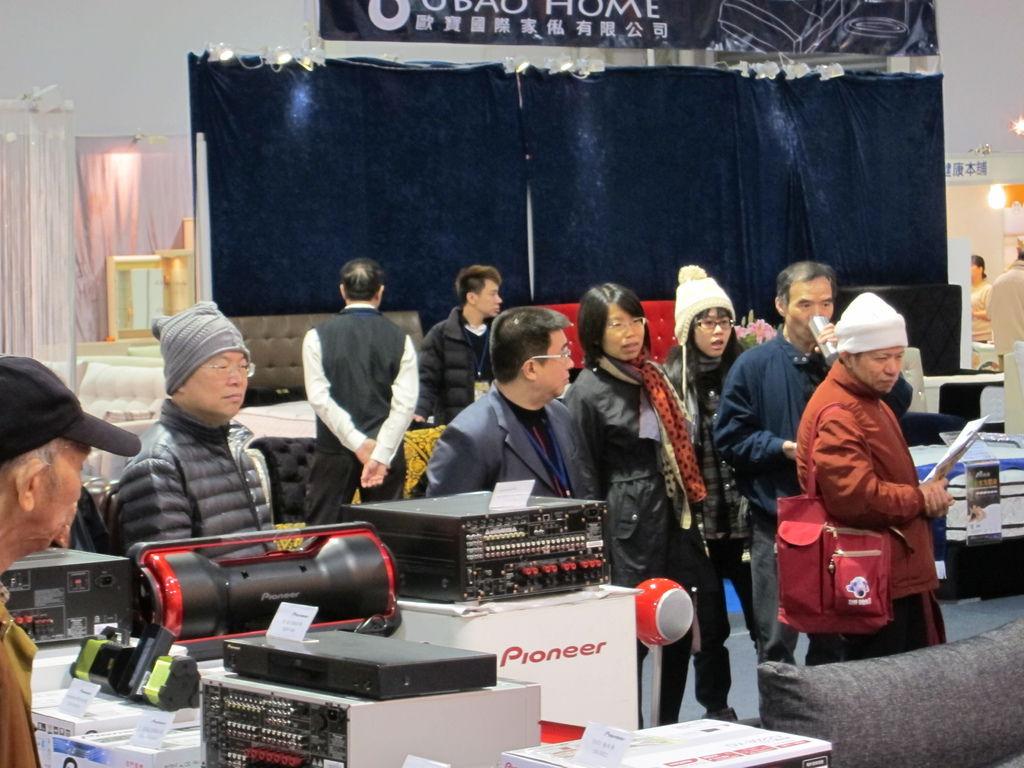 金門音響展示區,sony4K電視搭配elipson音響帶來的震撼