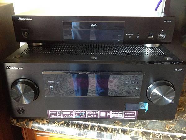 Pioneer先鋒牌9.2聲道藍光解碼擴大機和藍光播放機
